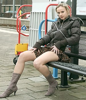 Girls Boots Porn Pictures